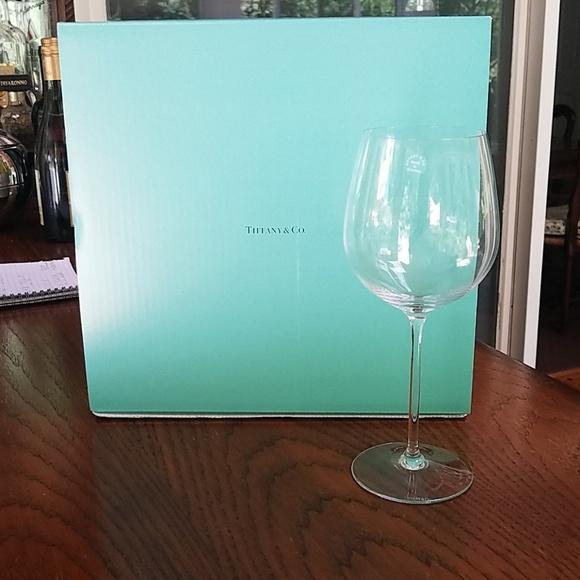 6cb67e7b624e NIB Tiffany   Co Set of 4-Red Wine Glasses